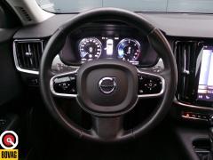 Volvo-V90-28