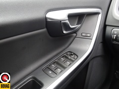 Volvo-V60-35