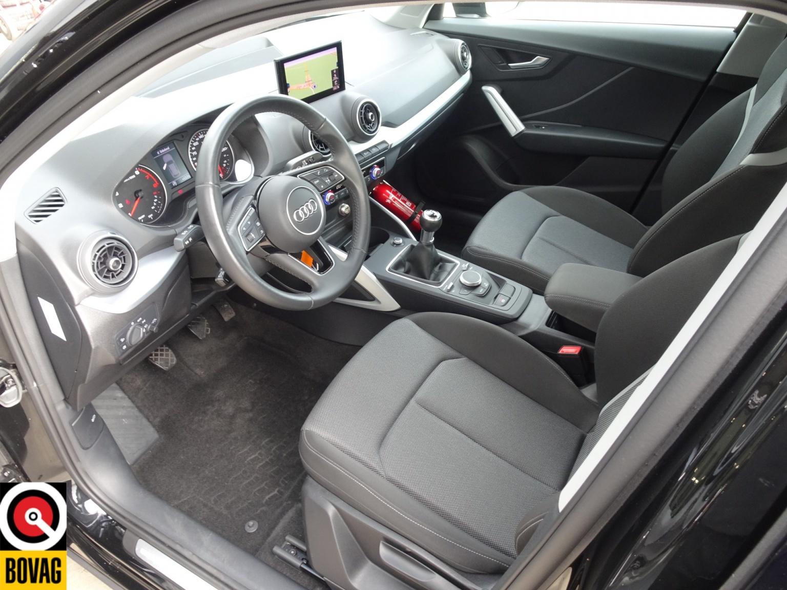 Audi-Q2-14