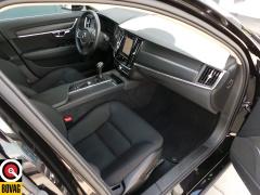 Volvo-S90-19