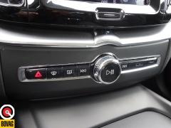 Volvo-XC60-37