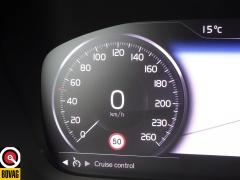 Volvo-XC40-38