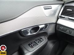 Volvo-XC90-12