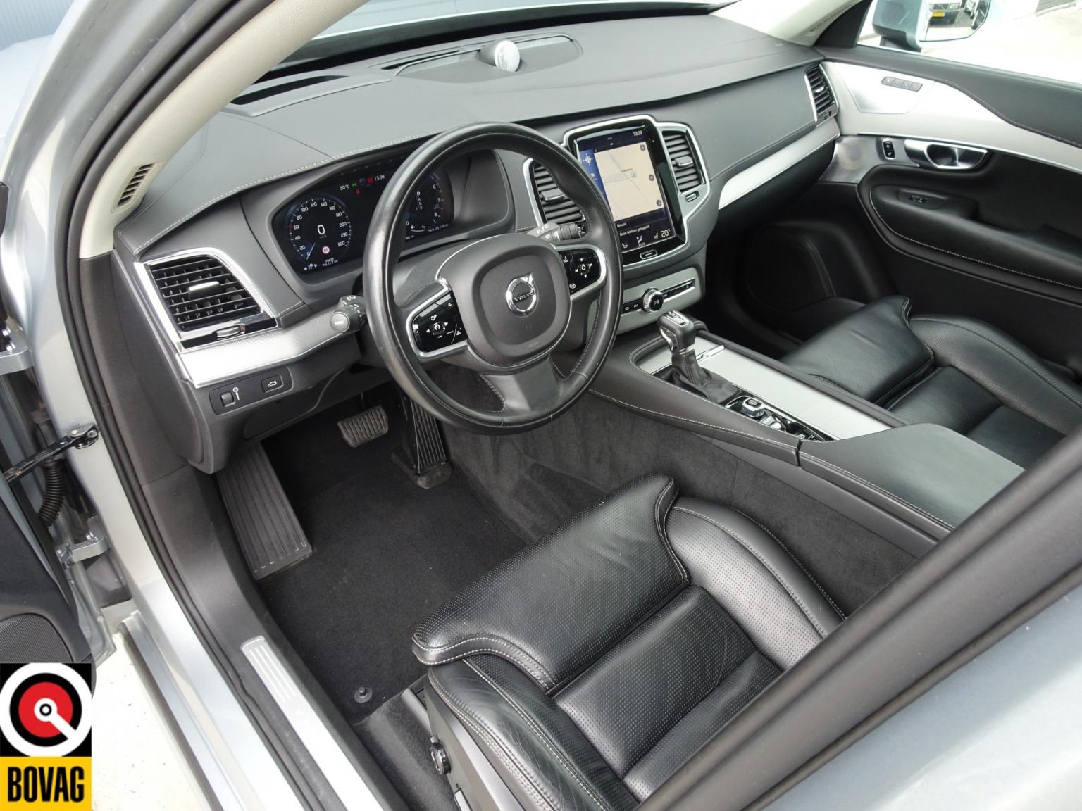 Volvo-XC90-14