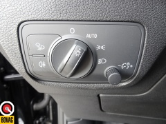 Audi-Q2-33