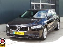 Volvo-S90-2