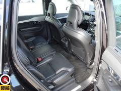 Volvo-XC90-21